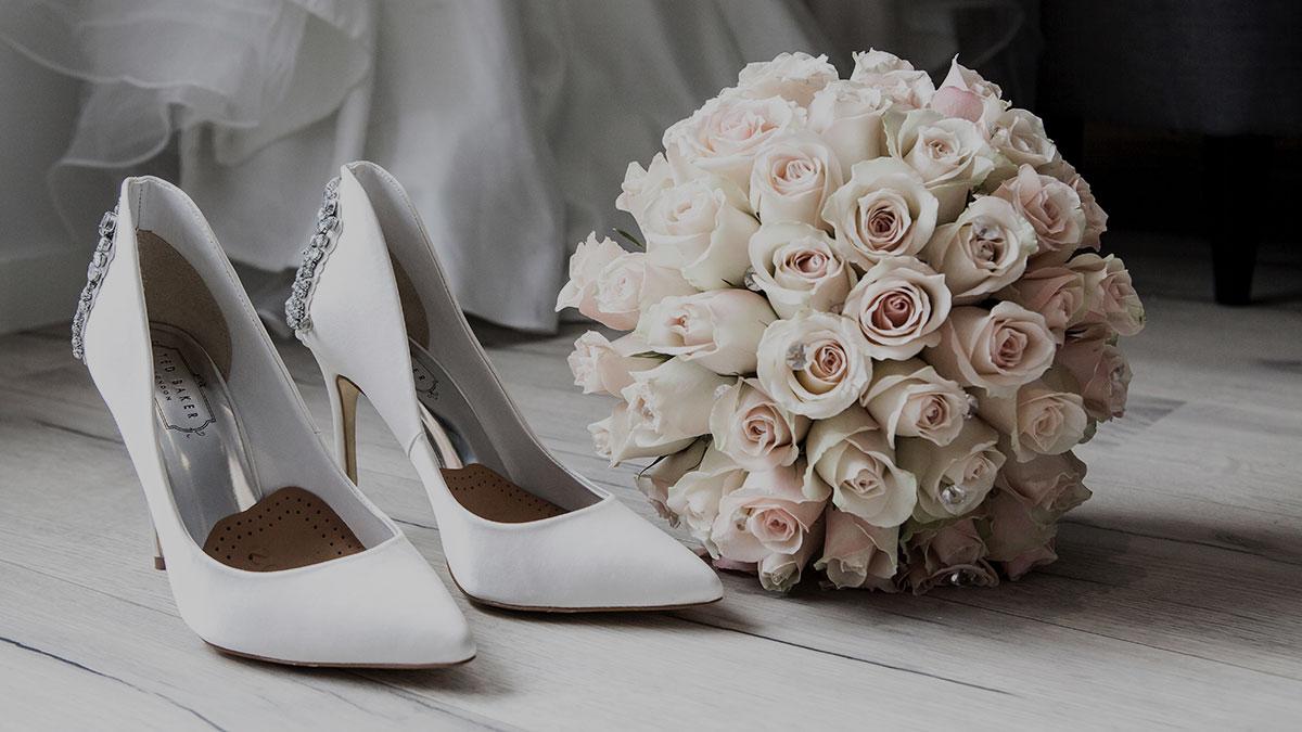 Schuhe-Brautstrauss